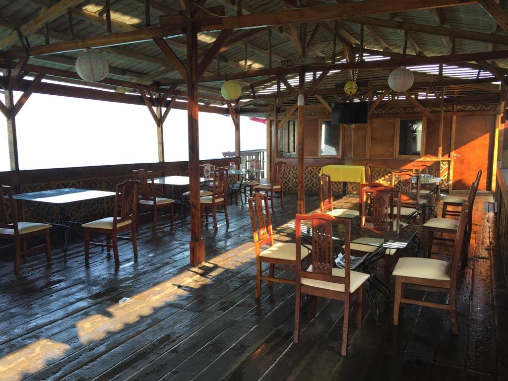 Lobby dan dinning room