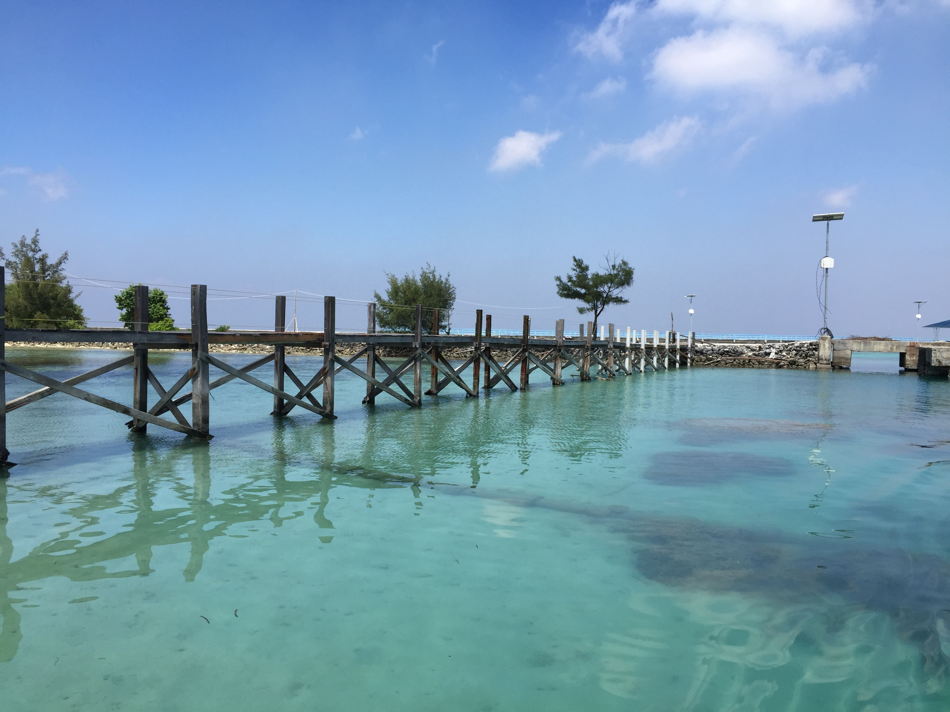 Laut yang sangat tenang di Lagoon