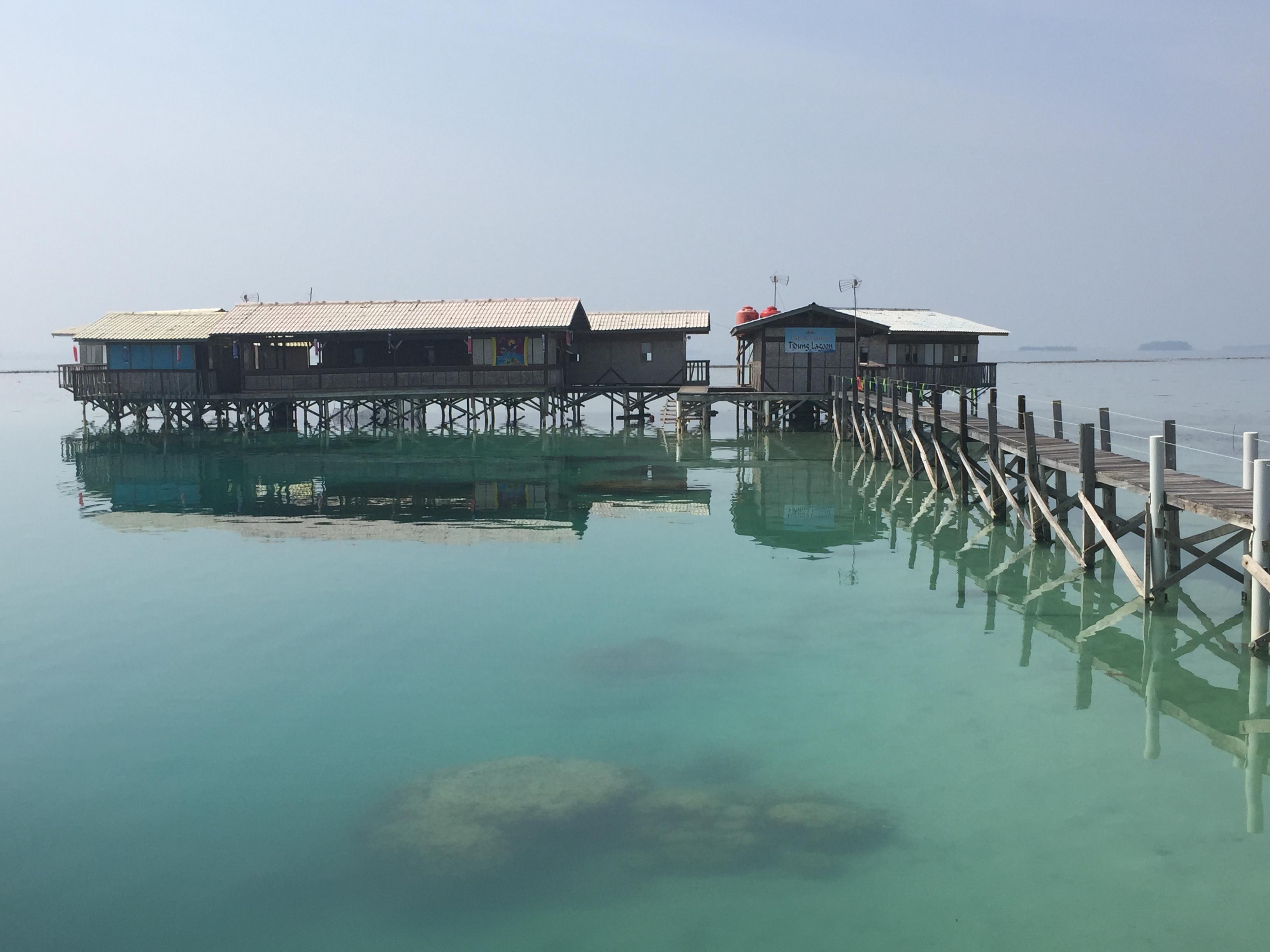 Laut yang tenan di Lagoon